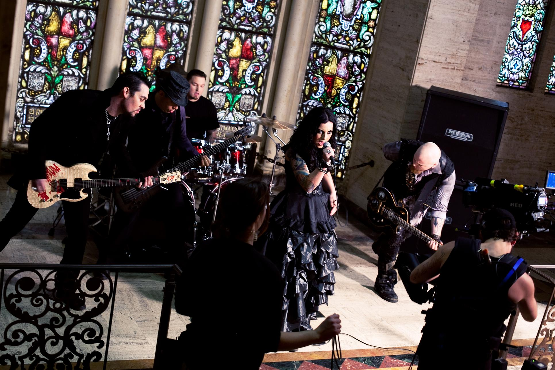 we are the fallen clipe bury me alive making off